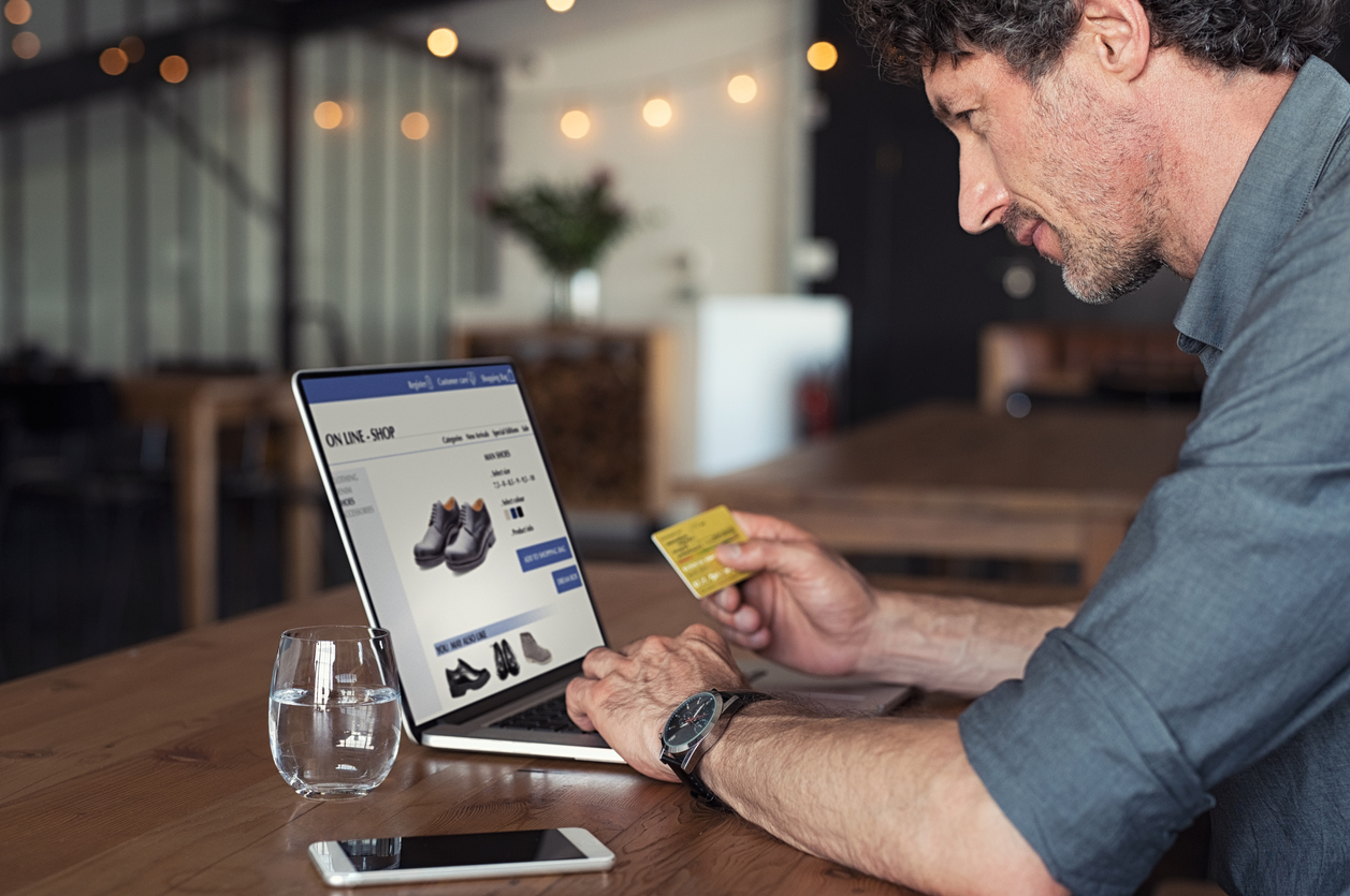 reward points loyalty program for an eCommerce store