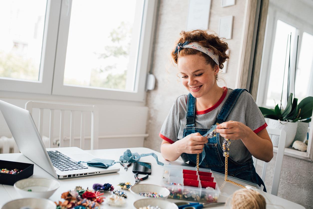 start an online jewelry business